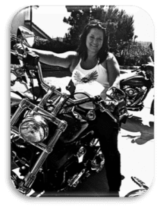 Moto Chiro_on her bike